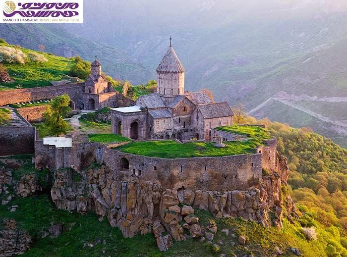 تور ارمنستان آفر ویژه 10 آبان 95