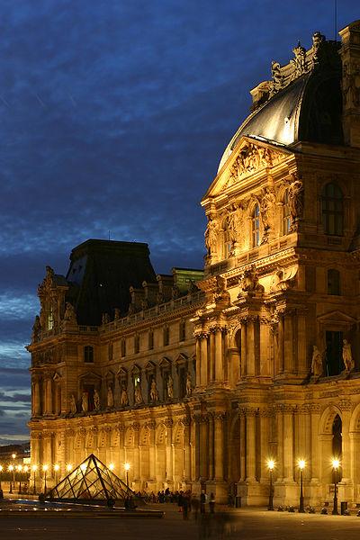 400px Le Louvre   Aile Richelieu پاریس